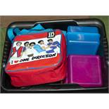 A lunch bag and food boxes