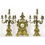 """Antieke driedelige schouwgarnituur in brons met een klok met werk getekend """"Japy [...]"""