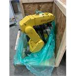 FANUC ROBOT LRMATE 200iC WITH R-30iA CONTROL, TEACH & CABLES, YEAR 2007, SN 86890