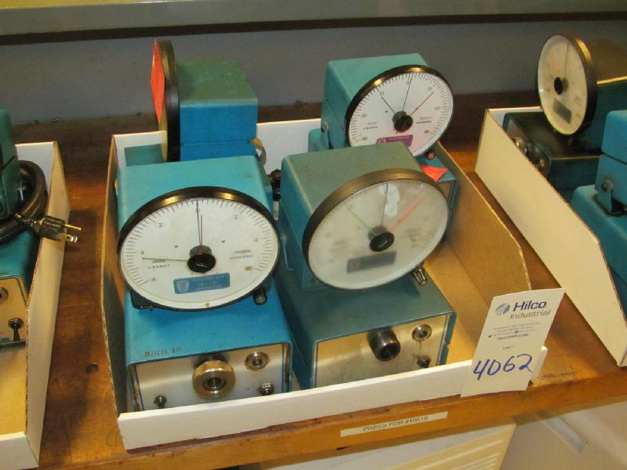 Lot 4062 - Western Gage Model Micro Air Air Comparators