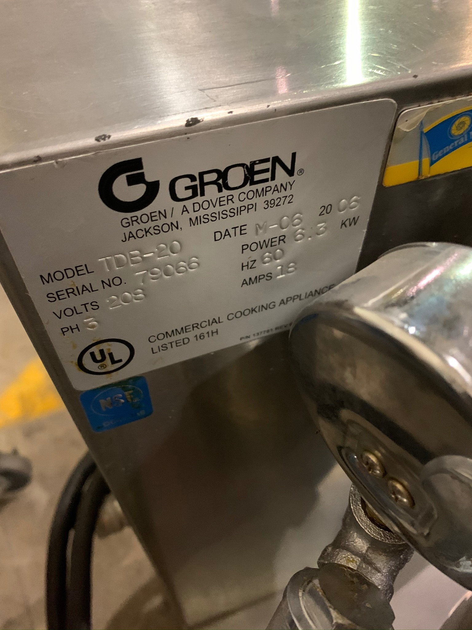 Lot 13 - Groen Kettle Model TBD-20 S/N 79066 Tilt Kettle (Rigging Fee - $50)