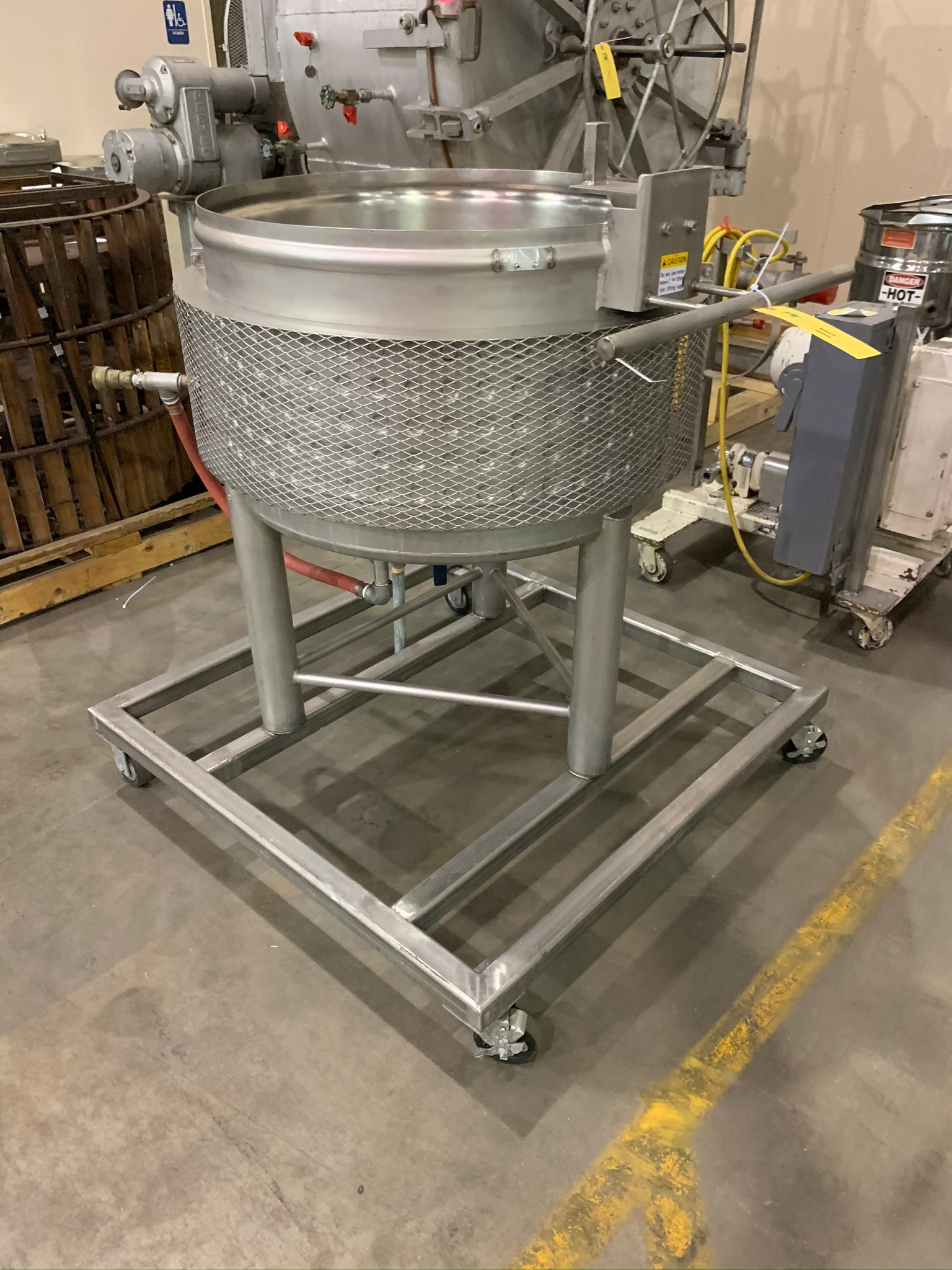 Approximate 25 Gallon Dimple Jacket Kettle Portable on Casters (Rigging Fee - $50)