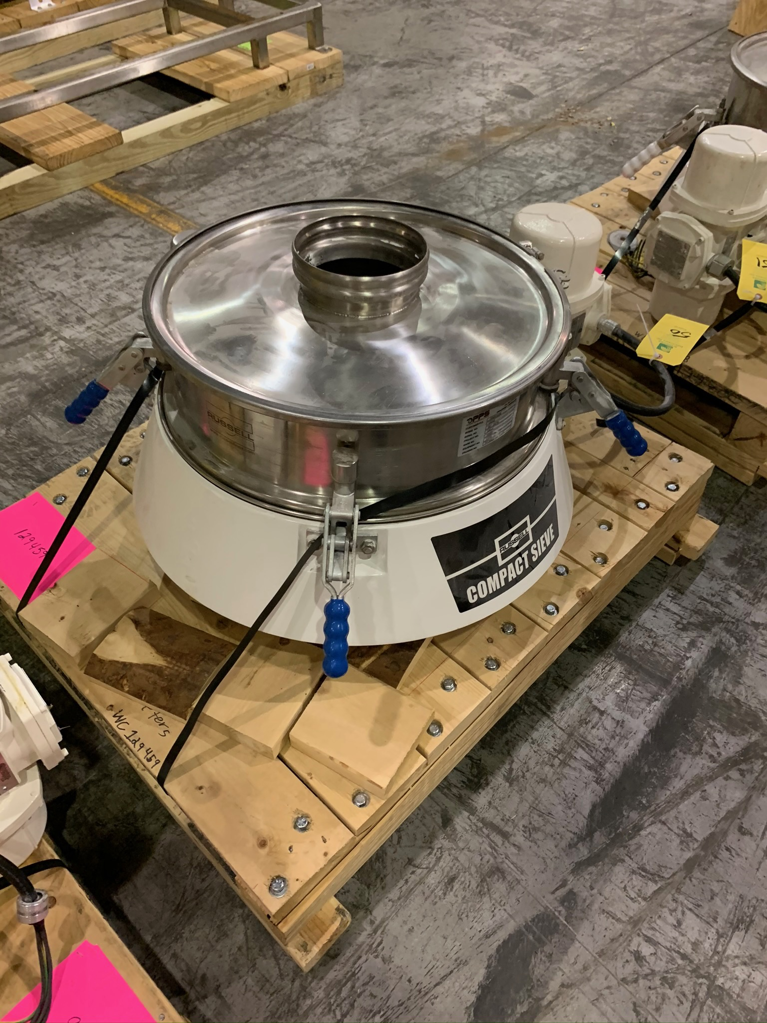 Lot 50 - Russell Compact Sieve Model 17240 S/N DF4390 (Rigging Fee - $50)