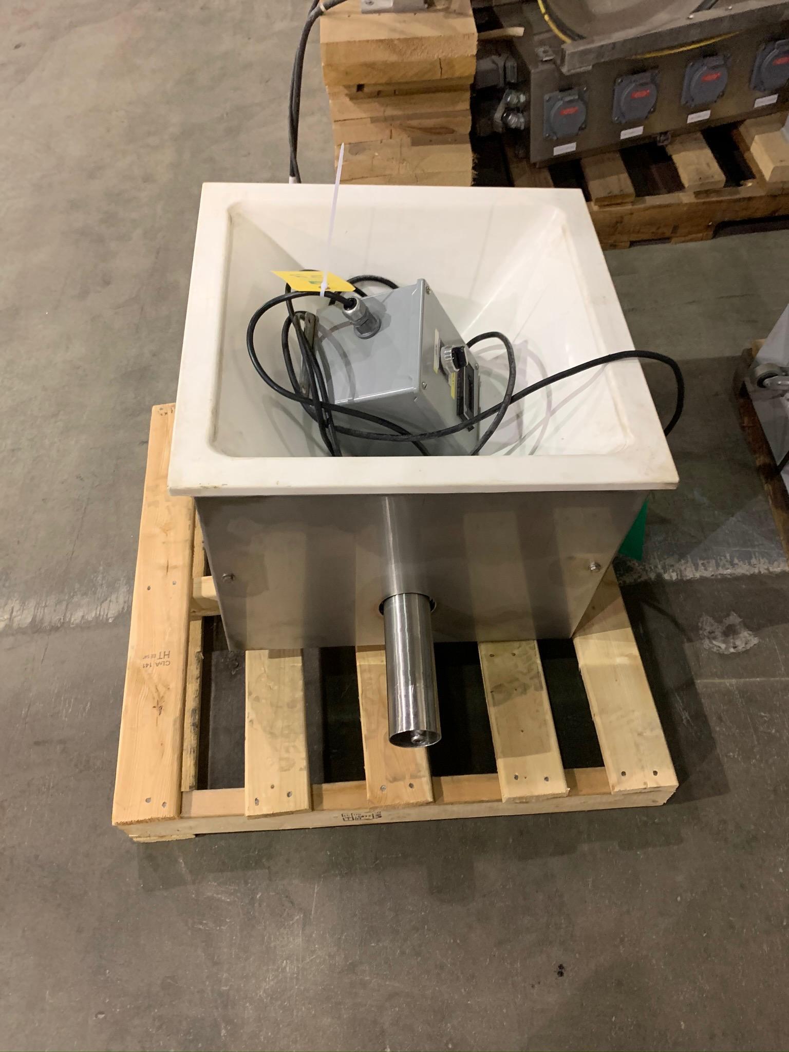Feeder Box for Accutate Feeder (Rigging Fee - $50)