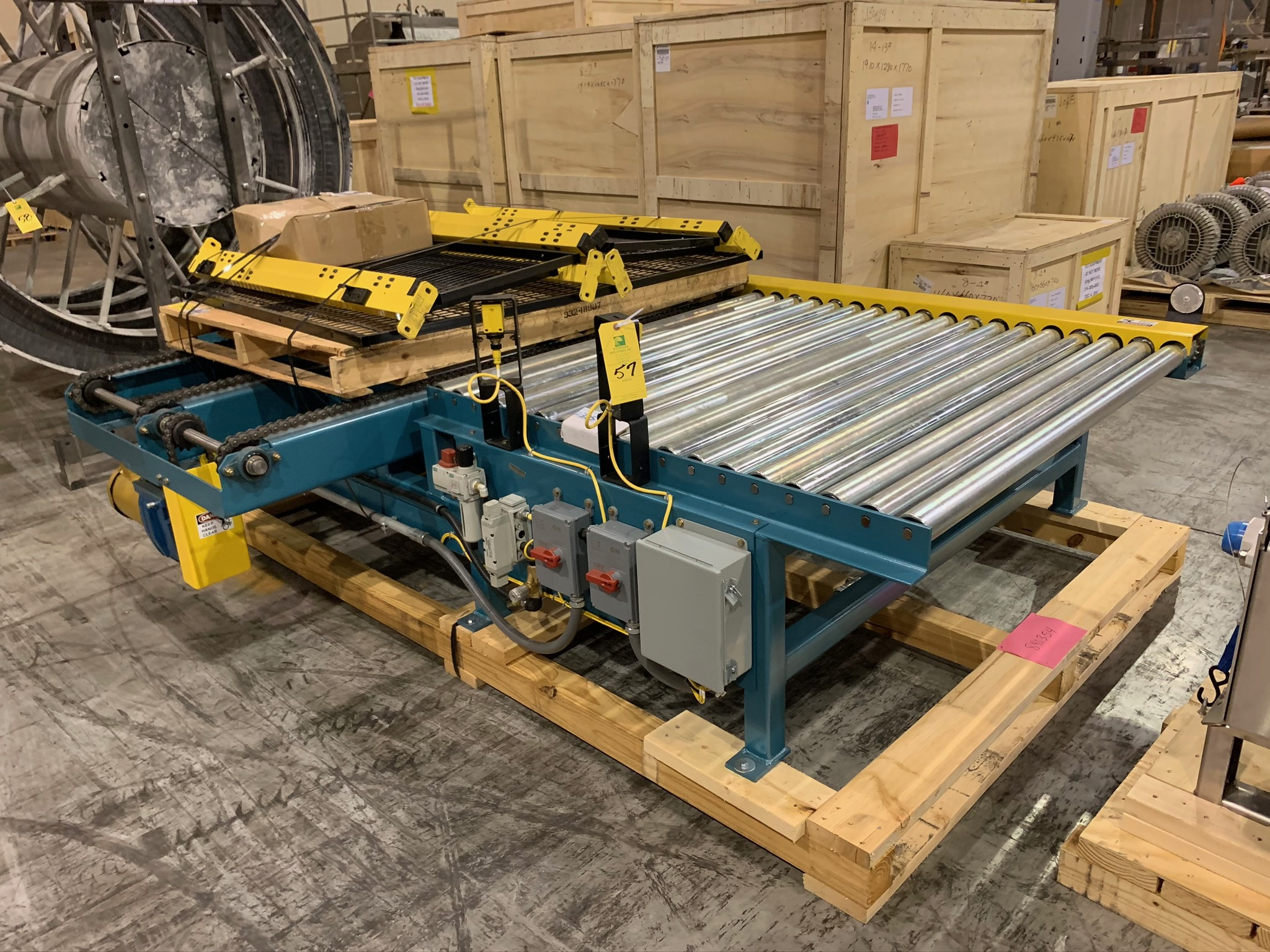 Kaufman Roller Conveyor with Cross Chain (Rigging Fee - $250)