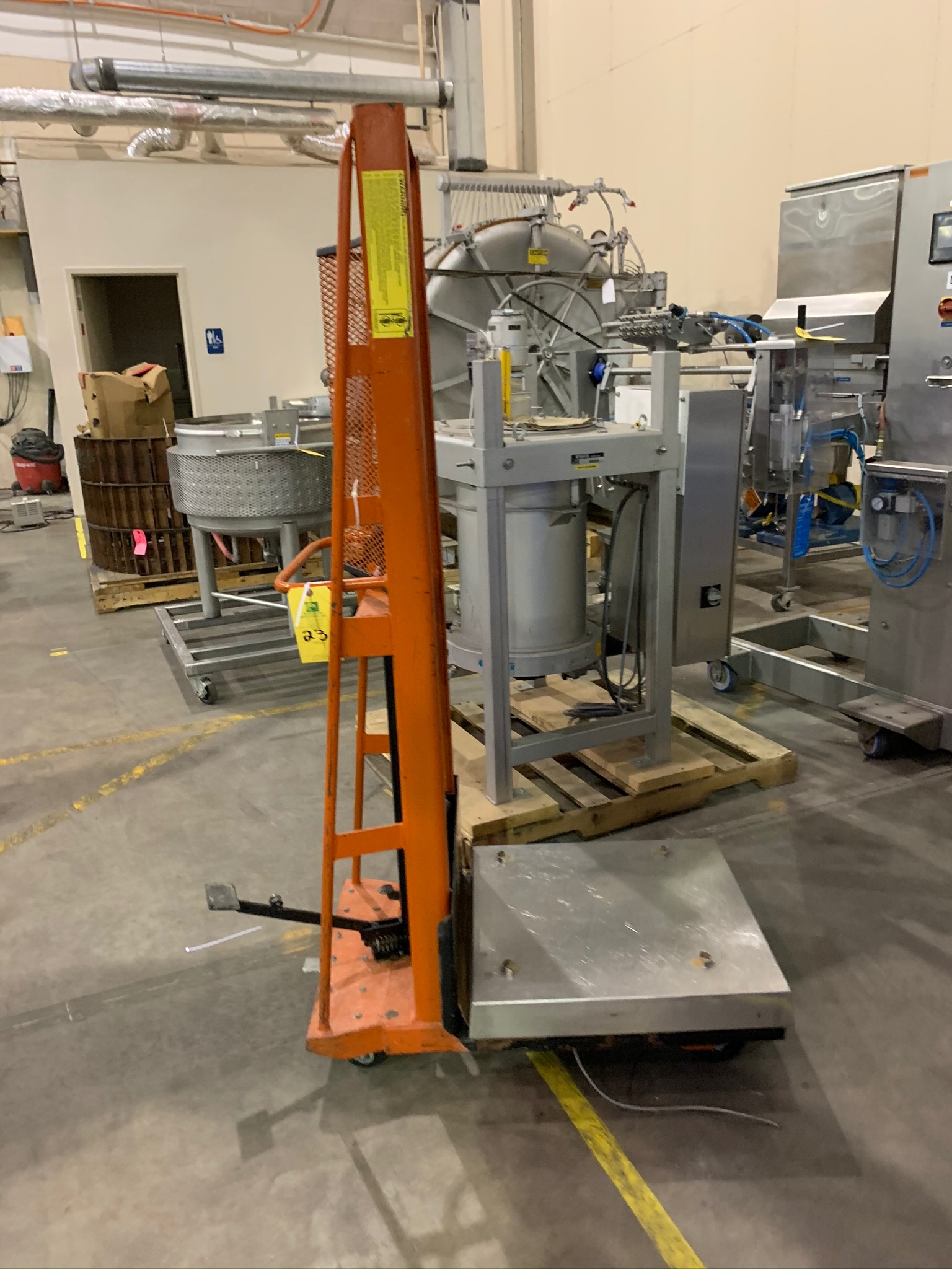 Lot 23 - Wesco Product Lift (Rigging Fee - $25)