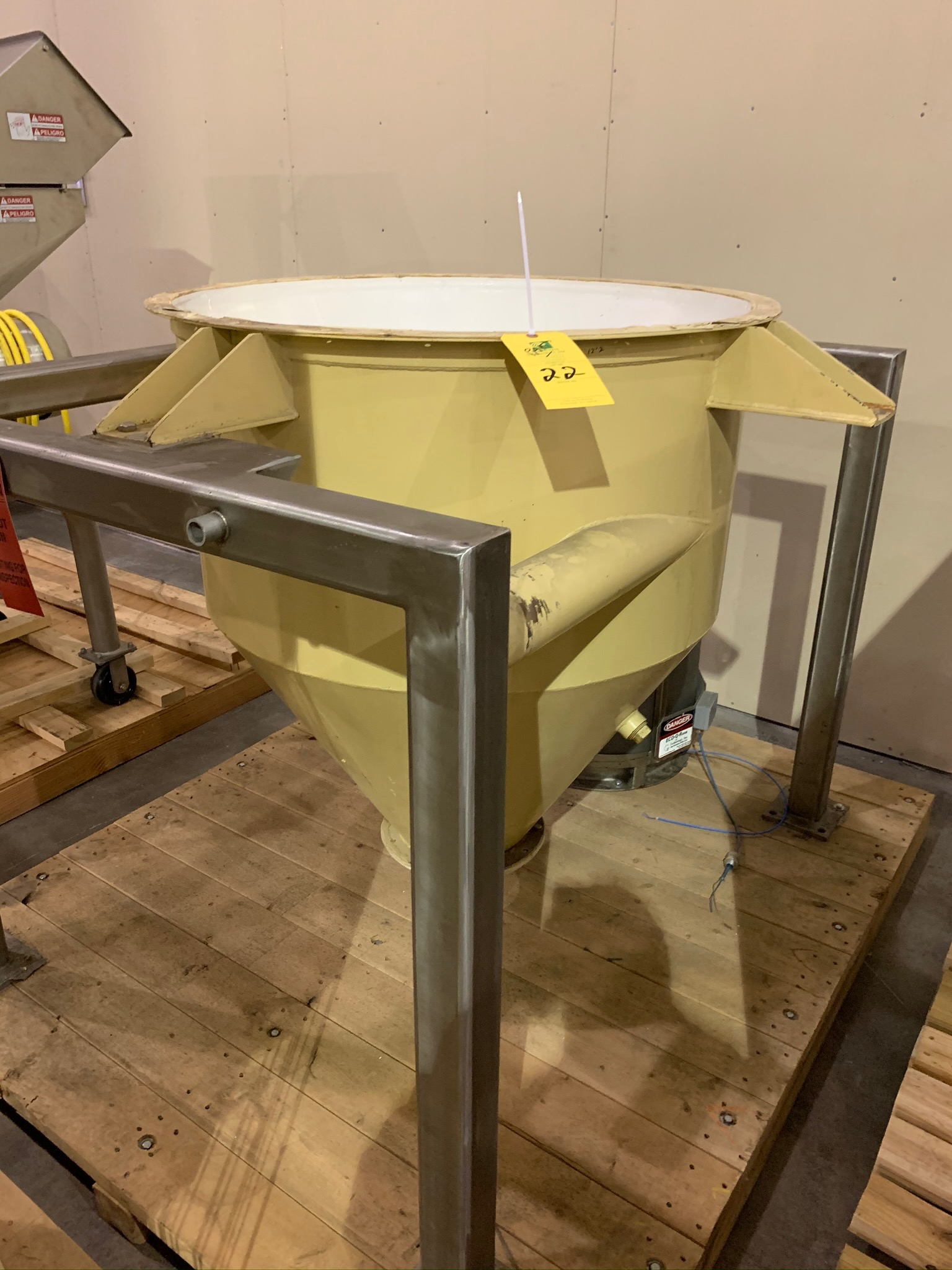 Premier Pneumatics Dust Collector Model FPC-P-E-14-58-102 S/N 5214-107 (Rigging Fee - $250) - Image 3 of 5