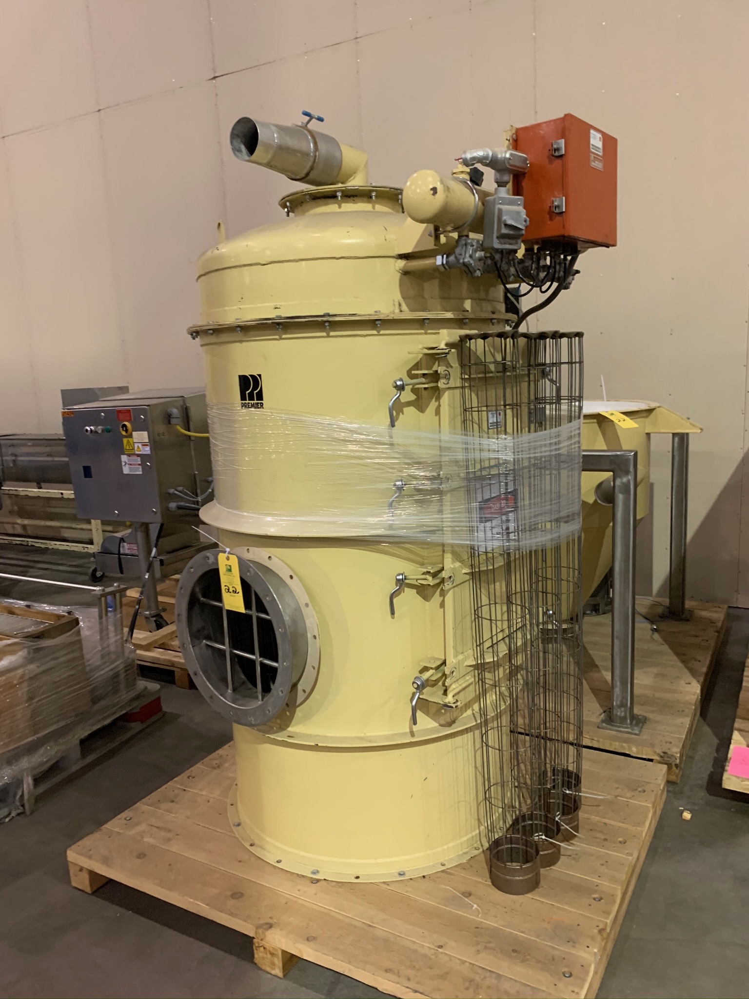 Premier Pneumatics Dust Collector Model FPC-P-E-14-58-102 S/N 5214-107 (Rigging Fee - $250) - Image 2 of 5