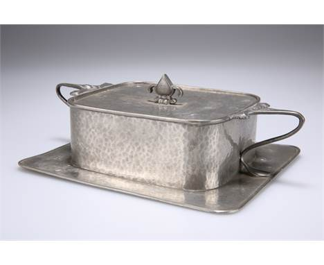 AN ART NOUVEAU PEWTER BUTTER DISH BY CONNELL, rectangular with integral base and twin handles, spot-hammered decoration, stam
