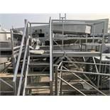 SS Platform, Approx 2ft W x 7ft-8in L x 8ft OAH | Rig Fee: $150 See Full Desc
