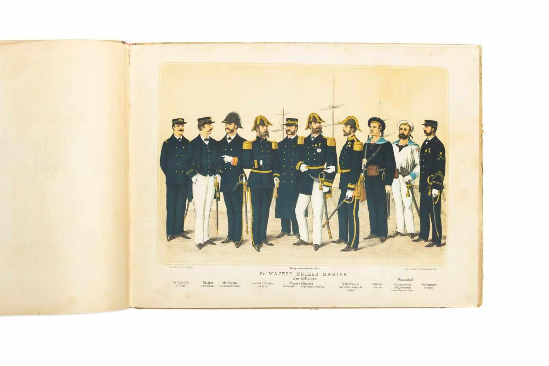 MILITÄRISCHES PRACHTBILDERBUCHWien, M. Perles [1886]. qu.-2°. Tit., 22 chromolithogr. Taf. gedr. bei - Image 3 of 5