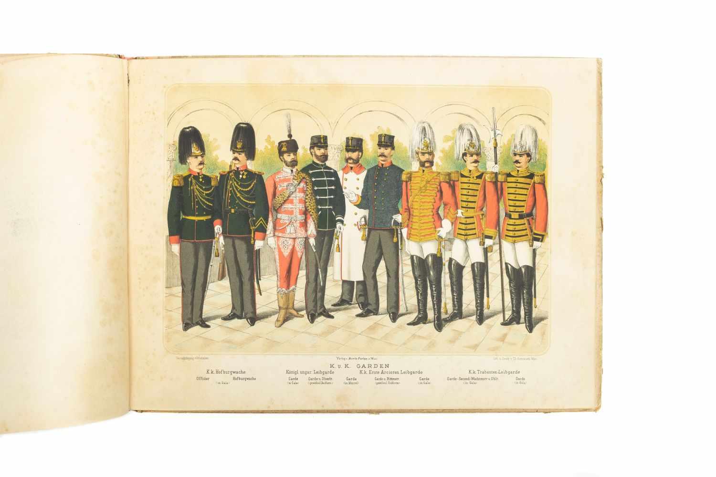 MILITÄRISCHES PRACHTBILDERBUCHWien, M. Perles [1886]. qu.-2°. Tit., 22 chromolithogr. Taf. gedr. bei - Image 4 of 5