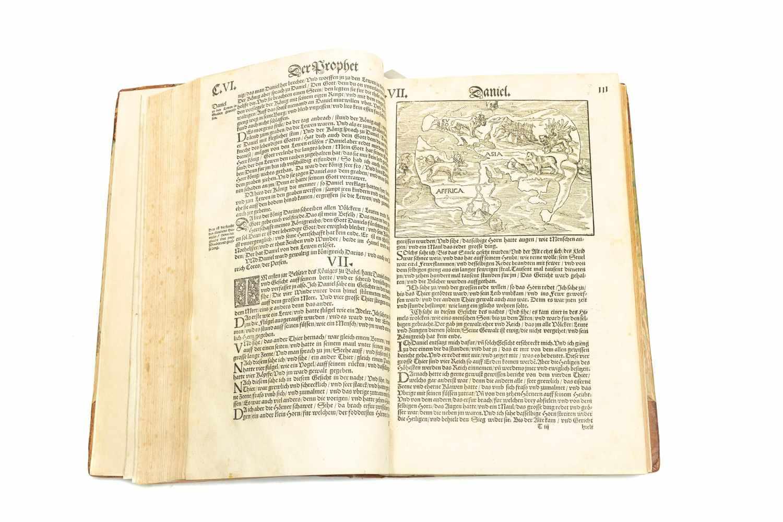LUTH[ER], Mart[in]Die Propheten alle Deudsch. Gedruckt zu Wittemberg, Durch Hans Lufft 1550. 2°. 360 - Image 3 of 3