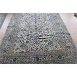 A carpet, Kashan, 398 x 287 cm.Tapijt, Kashan, 398 x 287 cm.
