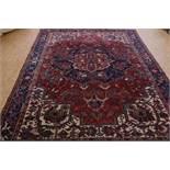 Heriz carpet 336 x 245 cm.Tapijt, Heriz 336 x 245 cm.