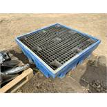 Make Unknown Plastic Bunded Oil Tray - (Located in Derby DE72 3RD - Collection By Appointment on