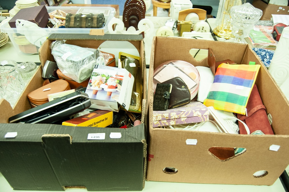 Lot 496 - TWO BOXES OF MINOR COLLECTIBLES TO INCLUDE; LIGHTERS, WATCHES, LADY REMINGTON 'SMOOTH AND SILKY' '