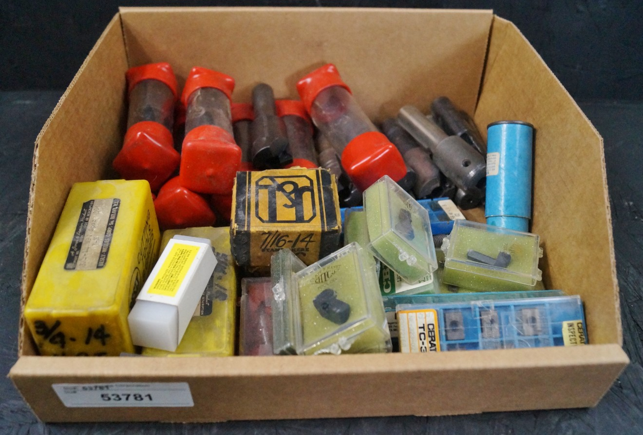 Lot 11 - NEW & USED INDEXIBLE MILLS W/INSERTS, MISC. THREAD