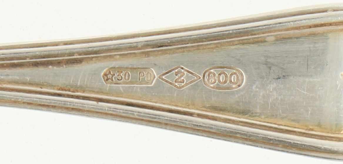 (11) Delige set Koffielepels & gebakschep zilver.Voorzien van meegegoten ronde rand versiering. - Bild 4 aus 4