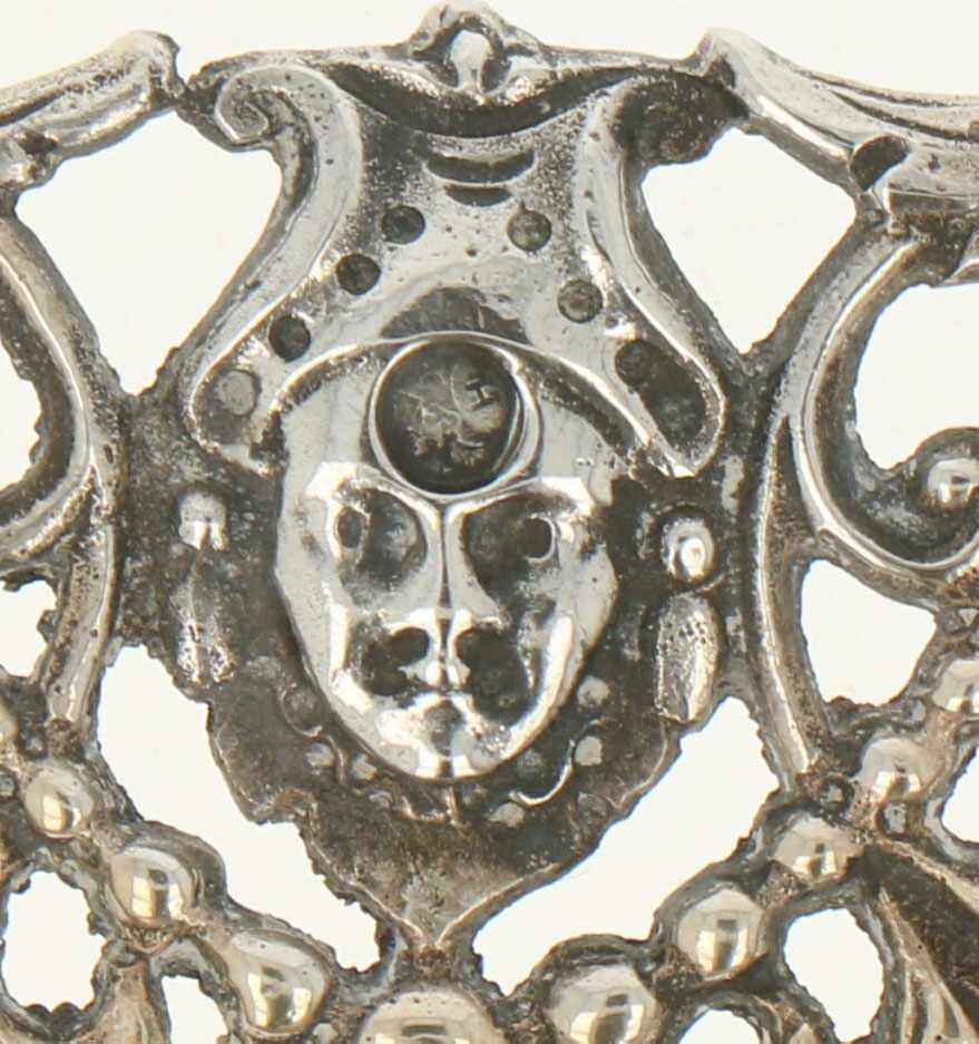 Dienblad zilver.Ovaal model met floraal versierde gegoten en deels opengewerkte sierrand. Nederland, - Bild 3 aus 5
