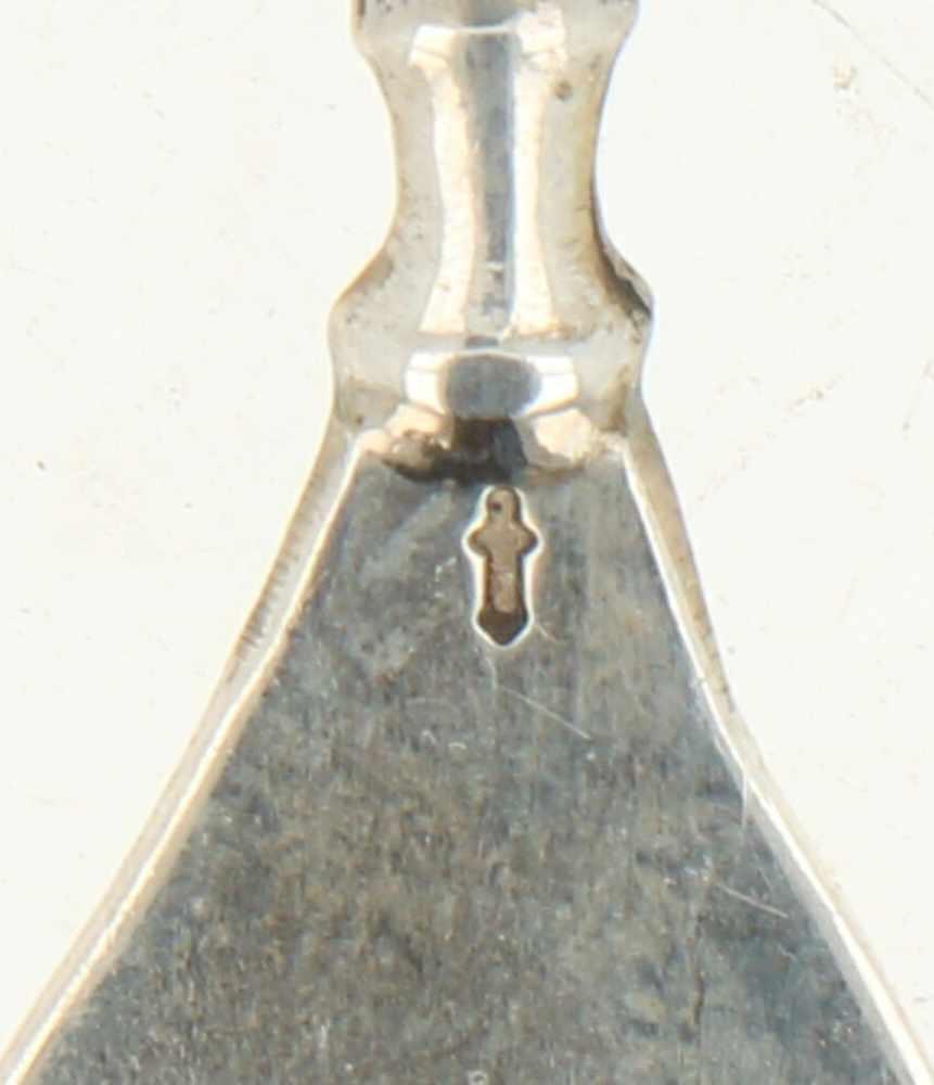 (12) Delige set gebaksvorkjes zilver.Baluster vormig handvat versierd met parelranden. Nederland, - Bild 3 aus 3