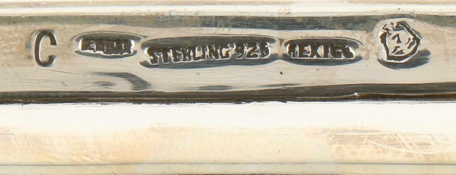 Dienblad zilver.Rechthoekig gestileerd model met meegegoten handvatten. Mexico, Mexico stad, C. - Bild 3 aus 3