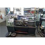 1 Colchester centre lathe type Triumph 2000 serial no. 6/0001/01092, 3ph, overall bed length 1.3m,