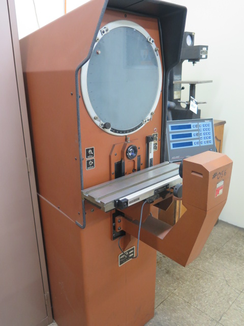 "Lot 101 - MicroVu mdl. M14 14"" Floor Model Optical Comparator s/n 3428 w/ Acu-Rite Master-G DRO, Surface and"