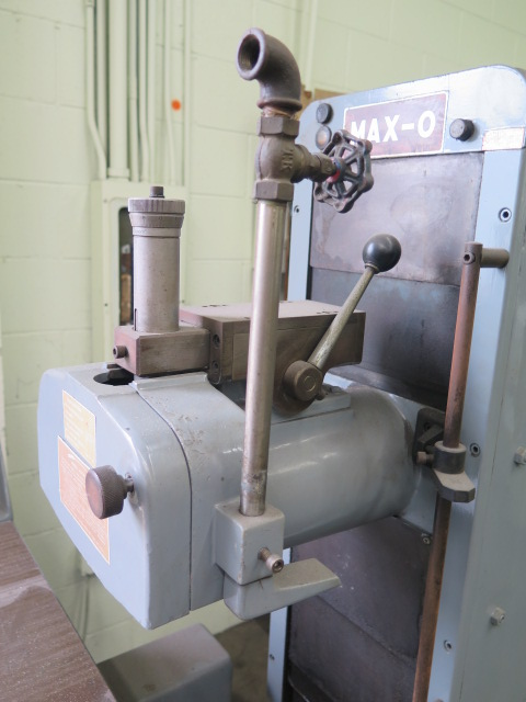 """Lot 93 - Max-O mdl. KGS-200 6"""" x 14"""" Surface Grinder s/n 780923-3 w/ Magnetic Chuck, Wheel Dresser, Coolant"""