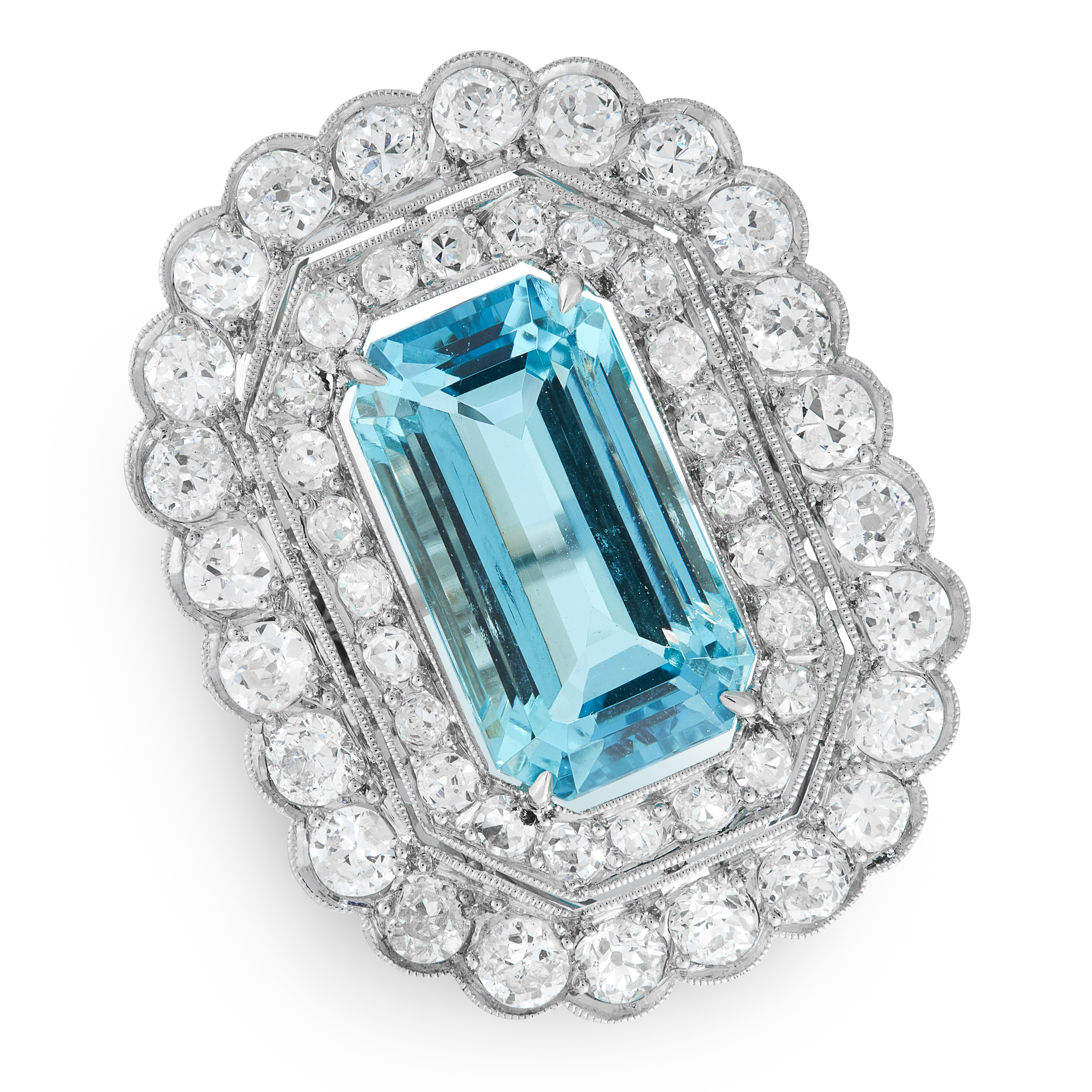 AN AQUAMARINE AND DIAMOND CLUSTER RING set with an emerald cut aquamarine of 8.26 carats within a