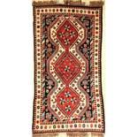 Yalameh alt, Persien, ca. 40 Jahre, Wolle auf Wolle, ca. 205 x 109 cm, EHZ: 2-3Yalameh old,