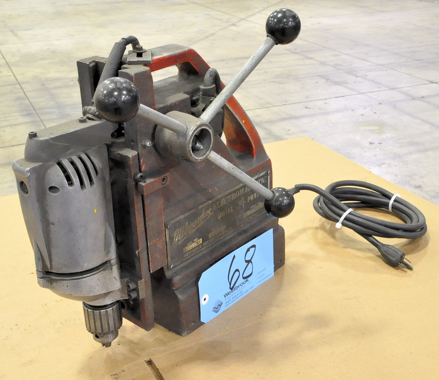 """Milwaukee Magnetic Base Drill Cat. No. 4200, 1/2"""""""