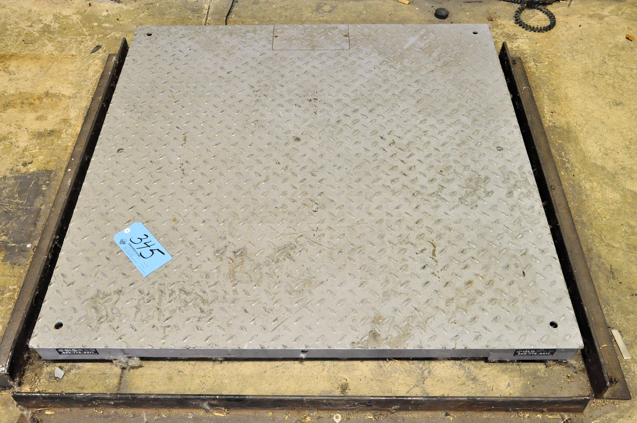 "Brecknell 48"" x 48"" Floor Plate Scale with Brecknell 10,000-Lbs. - Image 2 of 3"