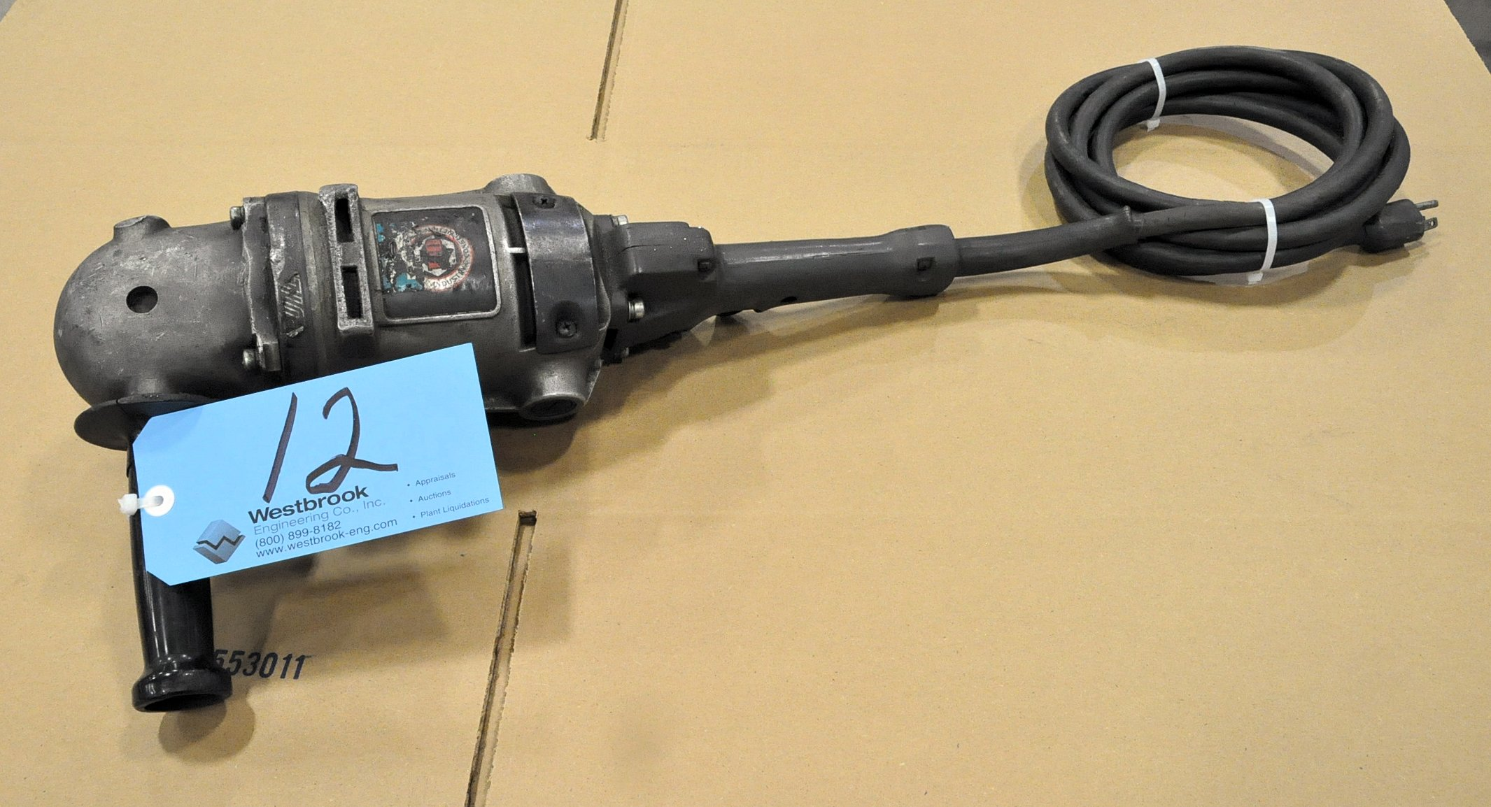 """Black & Decker 7"""" Electric Angle Grinder"""