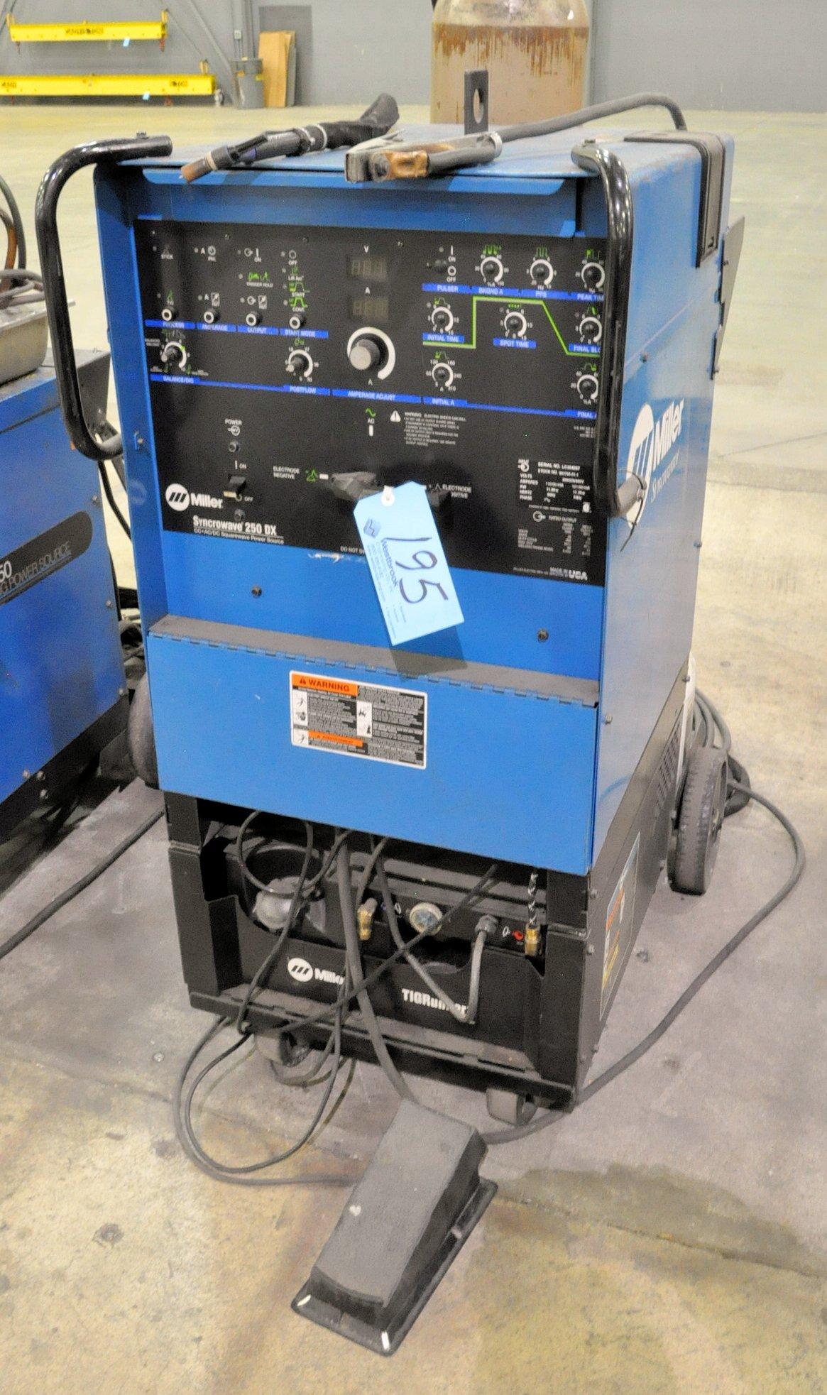 Miller Syncrowave 250 DX, 250-Amp Capacity CC AC/DC