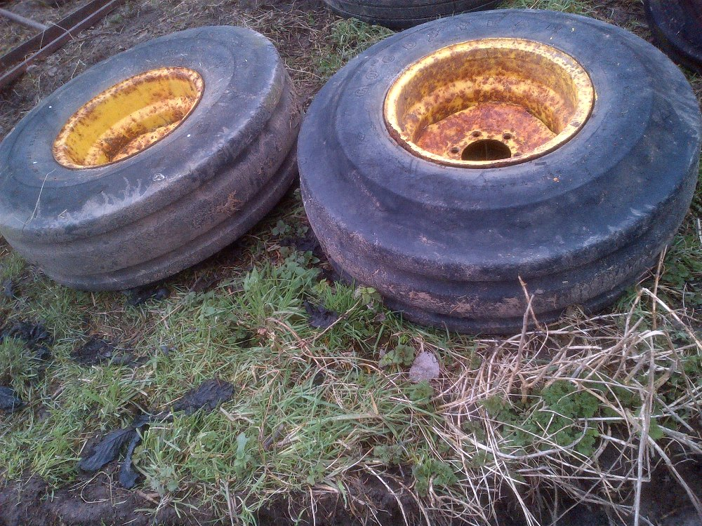 Lot 31 - 2 large tractor front wheels 11x16 Stored near Langley,