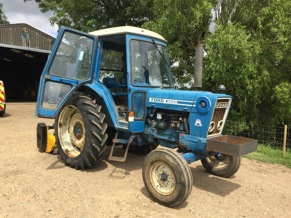 Lot 38 - Ford Tractor 6600, first registered 13/05/1977, registration no: TGV 415R, serial no: B982899,