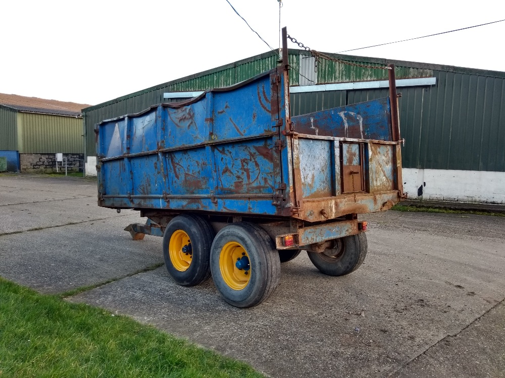 Lot 26 - 8T Tipping trailer with extension sides - ideal for muck etc Stored near Woodbridge