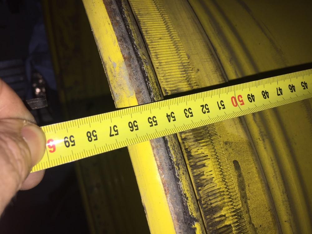 Lot 30 - Pair of 600/85R38 wheel rims, JD yellow, 10 stud.