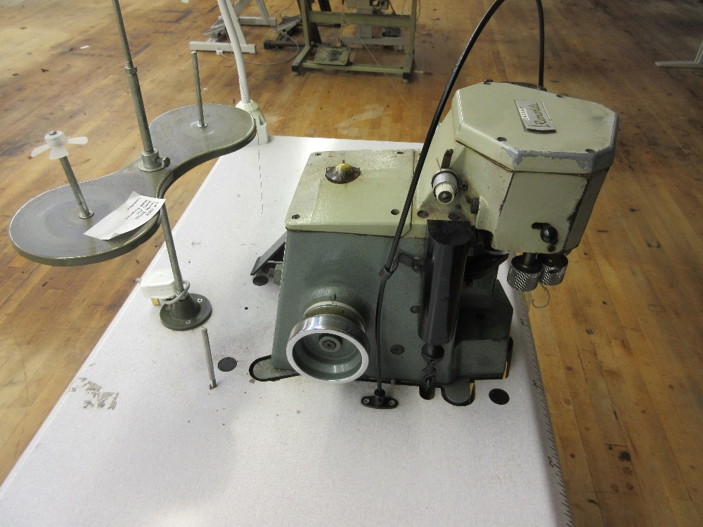 Lot 6 - Rimoldi 155-00-03 Cup Seaming sewing machine