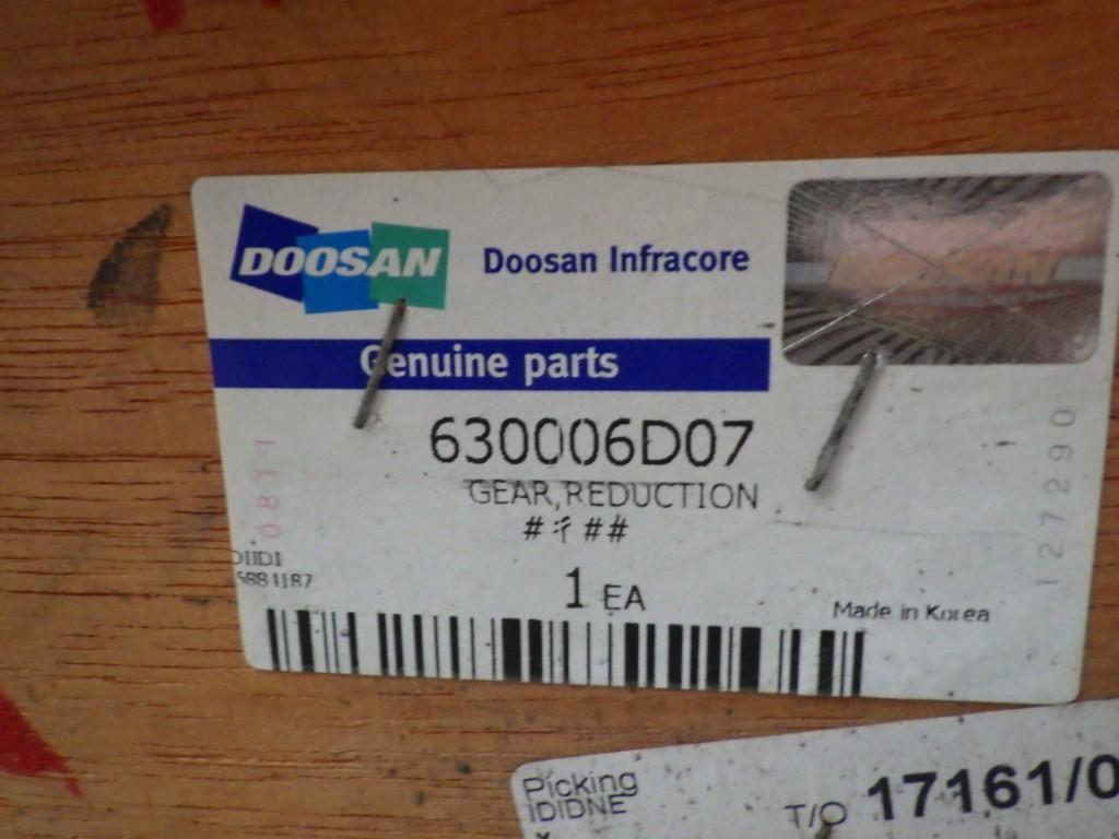DOOSAN REDUCTION GEAR ASSEMBLY P/N: 630006D07 - Image 2 of 5