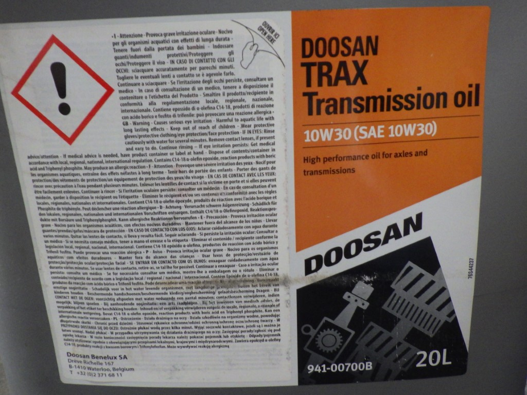 DOOSAN 10W30 (SAE 10W30) TRAX TRANSMISSION OIL HIGH PERFORMANCE FOR AXLES & TRANSMISSIONS, 20L - Image 3 of 4