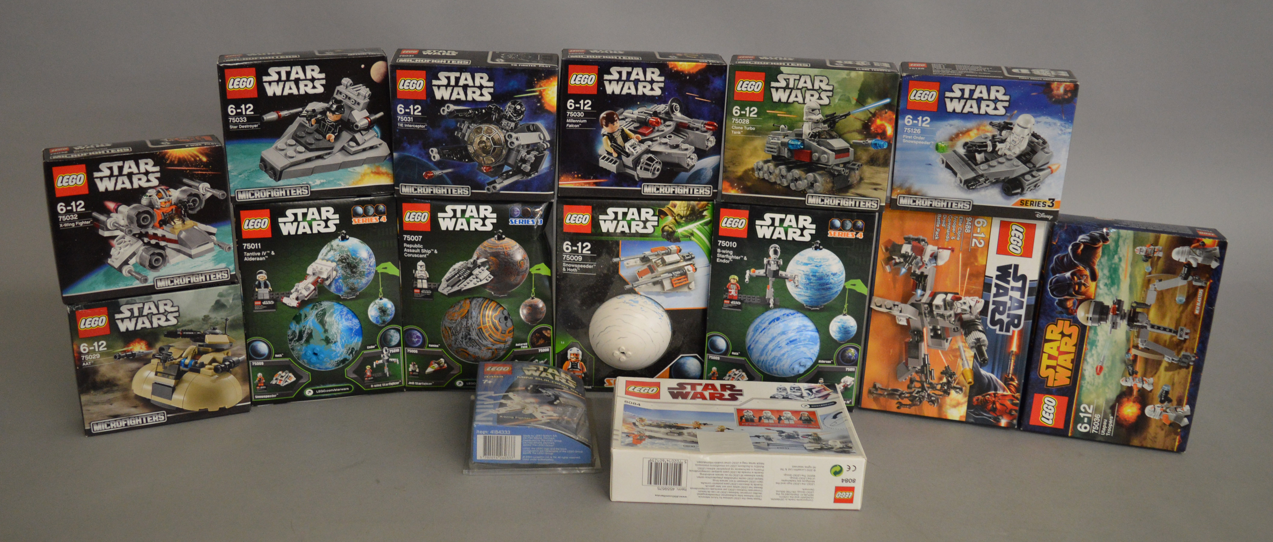 Lot 38 - Quantity of smaller Lego Star Wars sets, including Microfighters,