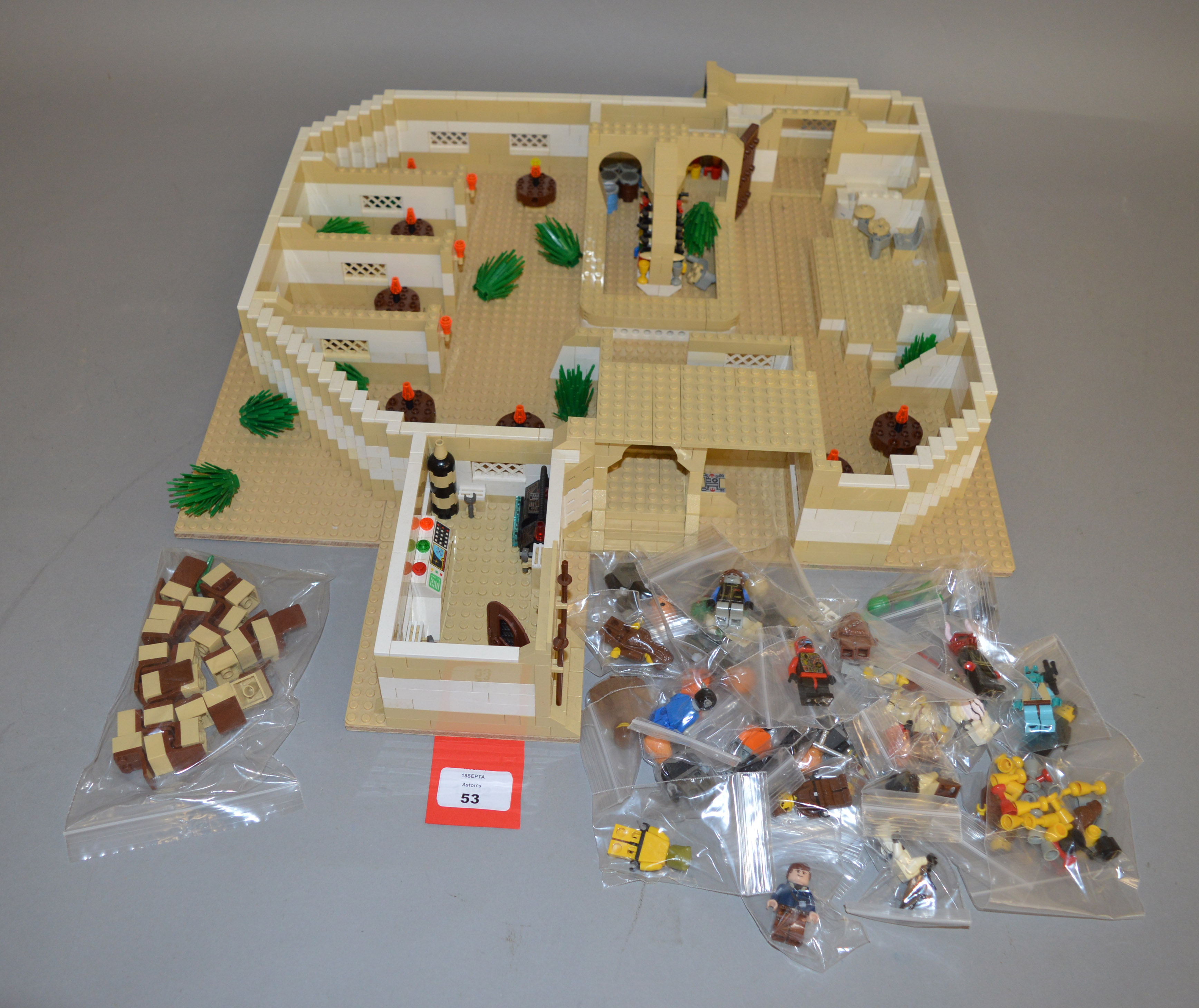 Lot 53 - Lego, a Star Wars cantina (not built from official Lego plans), with a quantity of minifigures,