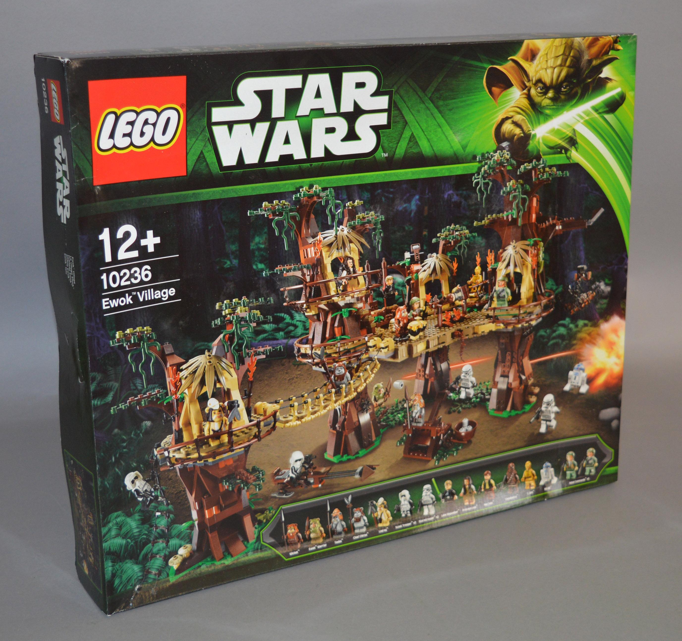 Lot 7 - Lego Star Wars 10236 'Ewok Village', sealed in G+ box with some undulation.