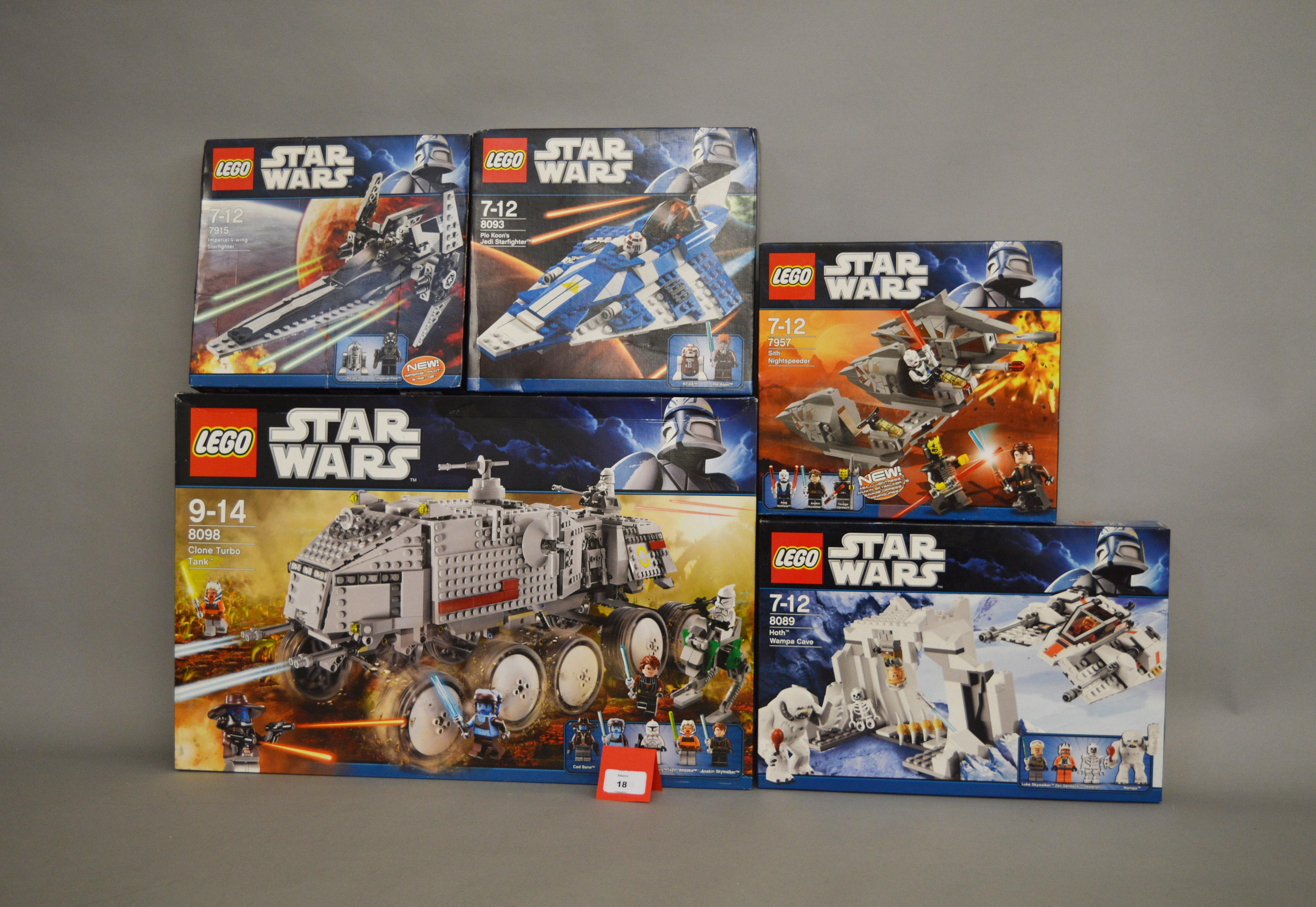Lot 18 - Five Lego Star Wars sets: 8098 Clone Turbo Tank; 8089 Hoth Wampa Cave; 7957 Sith Nightspeeder;