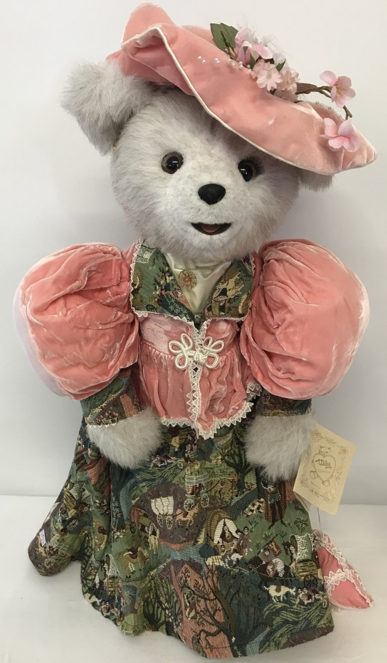 "Lot 139 - An American Tilly Collectibles "" Amelia Ashterville "" Bear dressed in period costume."