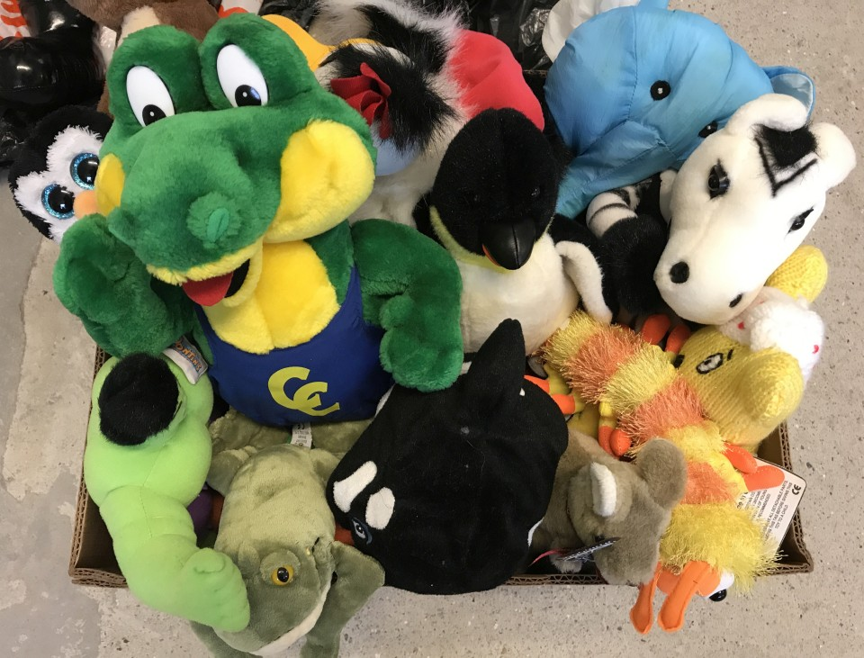 Lot 155 - A box of assorted soft toys.