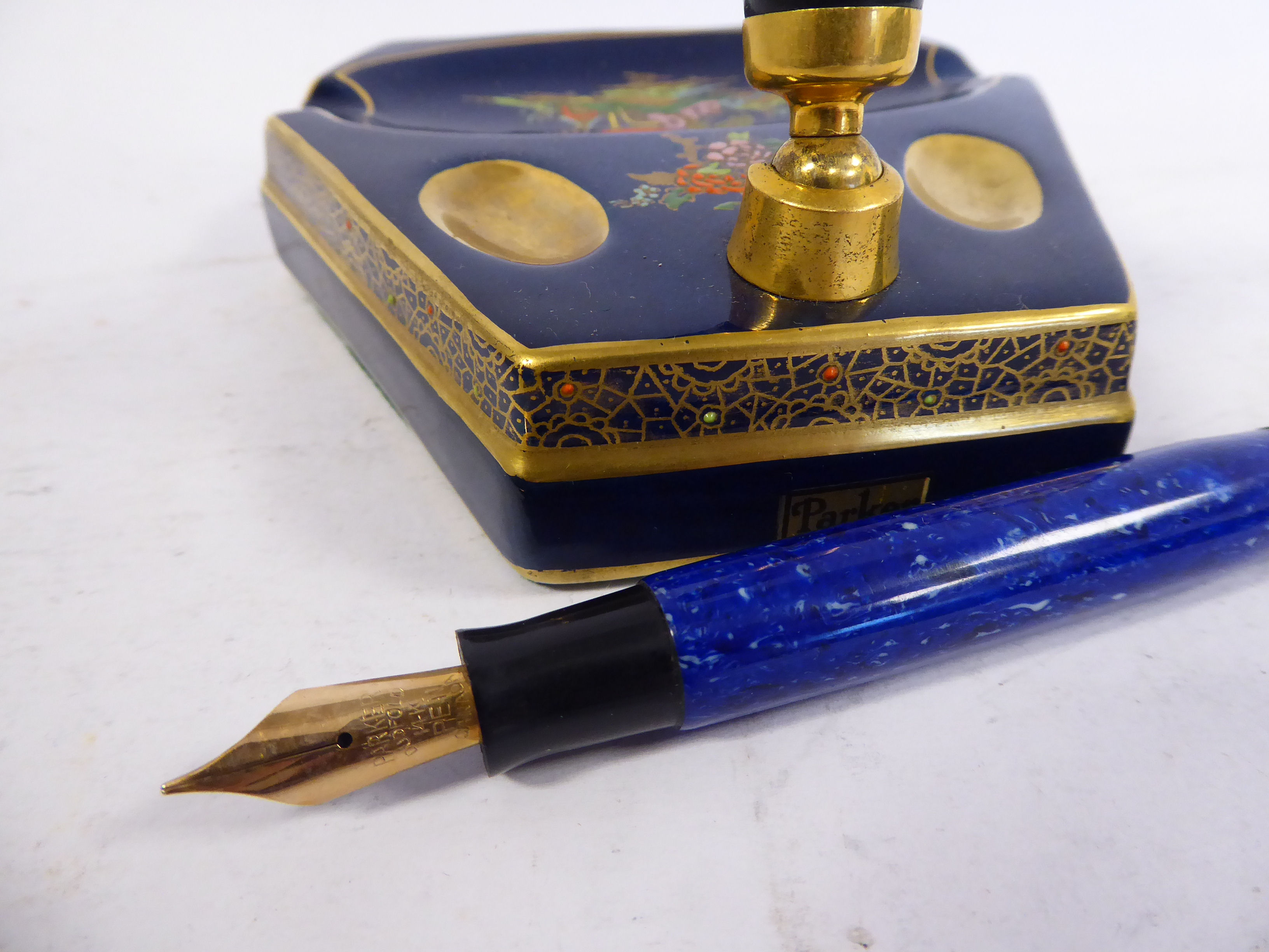 Lot 50 - A Parker Duofold fountain pen, in a tapered,
