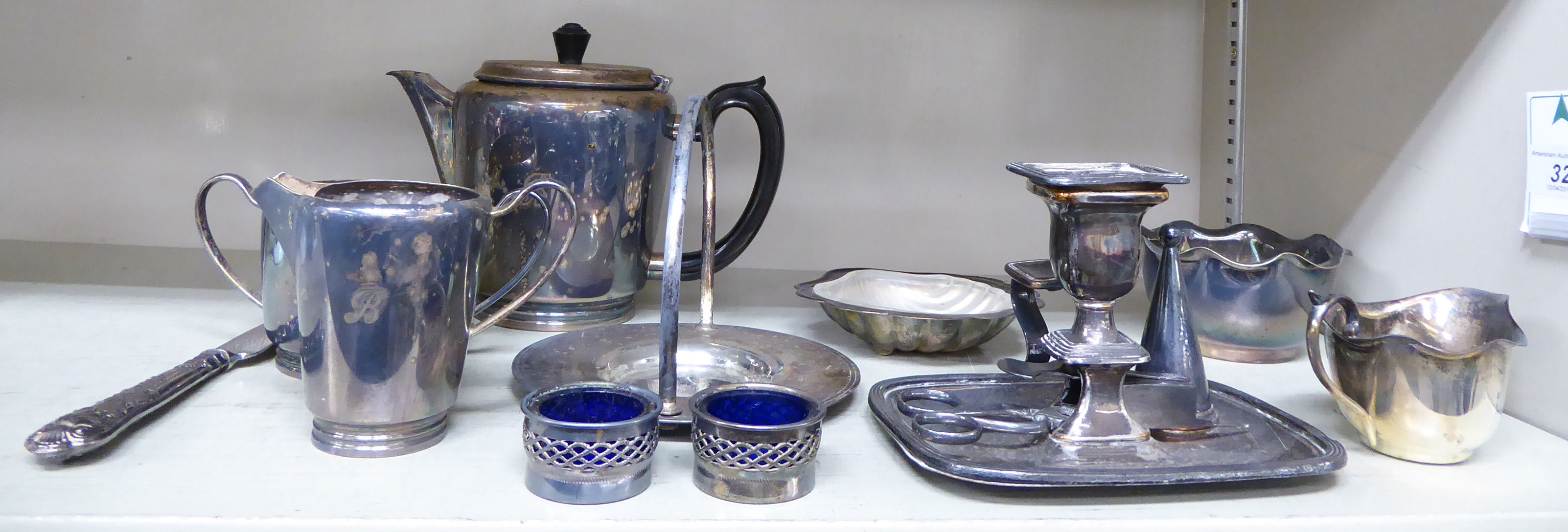 Lot 32 - Silver plated ware: to include a 19thC chamberstick, on an integral,
